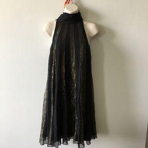 Black and gold silk flapper twiggy trapeze dress